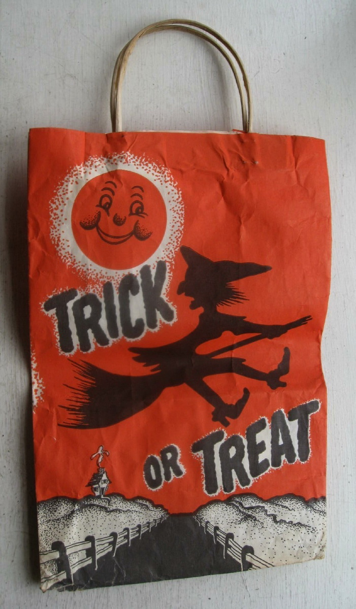 03_trick_or_treat_bag-jpg